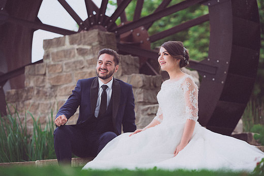 Les-maries-en-rigolent-a-Vonas-Armen-Hambardzumian-photographe-Ain
